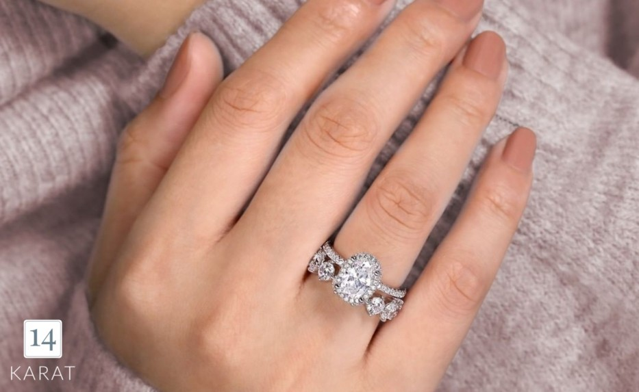 How to match your engagement ring with your wedding band