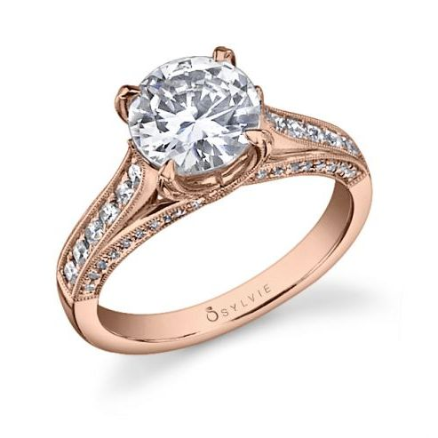 ENGAGEMENT RING WITH DIAMONDS ON PRONG