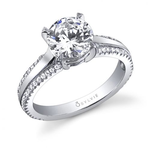 MARYVONNE - UNIQUE SOLITAIRE ENGAGEMENT RING